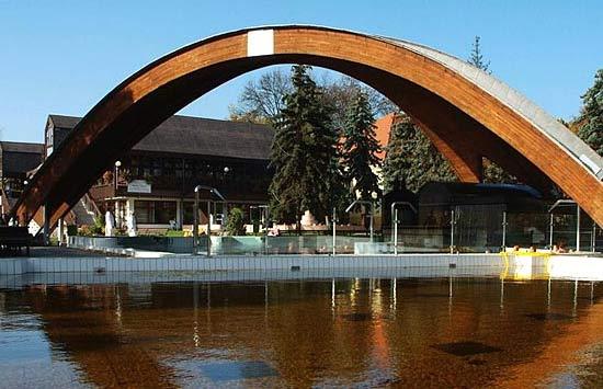 Das berühmte braune Heilwasser von Bad Gyula in Ungarn